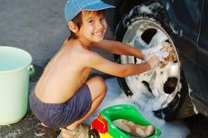 Trẻ em xứ chuột túi hào hứng làm thêm dịp hè