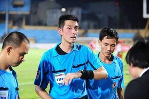 VPF thuê trọng tài ngoại ở lượt về V-League