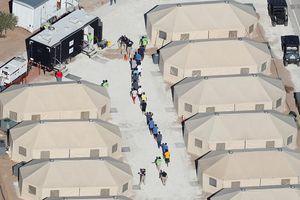 Mỹ bất ngờ đảo chiều chính sách nhập cư, nhiều nước hoan nghênh