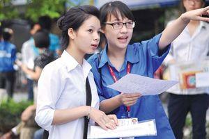 Tình nguyện viên sẵn sàng cho kỳ thi THPT quốc gia