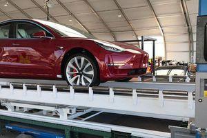 Dòng Tweet của Elon Musk cho thấy pin của Tesla là không có đối thủ