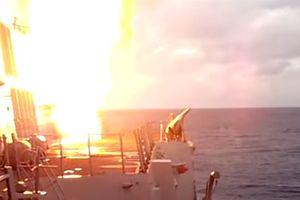 Tên lửa Mỹ khiến tàu Đức nổ tung