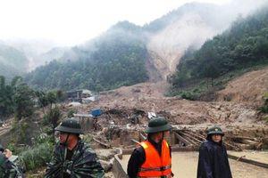 Lực lượng vũ trang Quân khu 2 khắc phục hậu quả mưa lũ