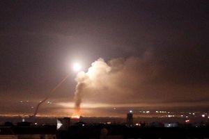 Syria tố Israel phóng 2 tên lửa đe dọa sân bay Damascus