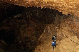 Thái Lan nỗ lực tìm kiếm đội bóng thiếu niên mất tích trong hang động