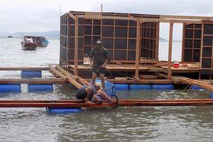 Khôi phục nghề nuôi lồng trên biển
