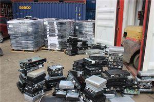 Tìm giải pháp xử lý 3.200 container phế liệu tại cảng biển TPHCM