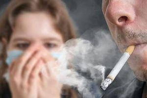 Tăng thuế thuốc lá để bảo vệ phụ nữ và trẻ em