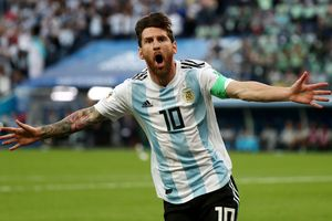 Messi tỏa sáng, 45 triệu dân Argentina thở phào thoát nạn