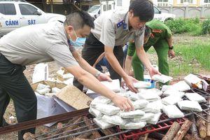 Cục Thi hành án Hà Nội tiêu hủy gần 600 bánh heroin