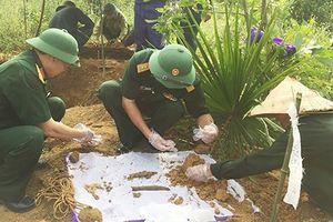 Việt Nam tiếp nhận 33 hài cốt Quân tình nguyện và chuyên gia