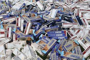 Nhét trên xe tải gần 4.000 bao thuốc lá nhập lậu trên xe tải