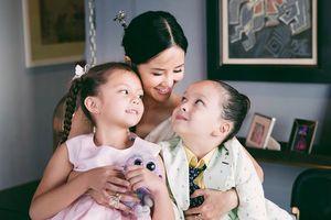 Diva Hồng Nhung: 'Phải xốc mình lên để cho con được cười hồn nhiên'