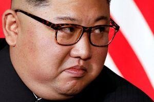 Tổng thống Trump đang bị Nhà lãnh đạo trẻ tuổi Kim Jong Un 'dắt mũi'?