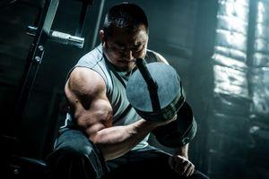 'Chuyện chàng cơ bắp': Đằng sau sự thất bại thể thao là gia đình