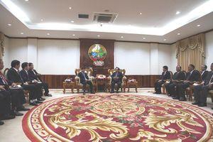 Bộ trưởng Tư pháp tiếp kiến Thủ tướng và Phó Chủ tịch Quốc hội Lào