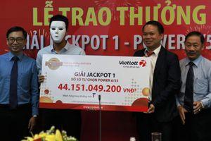 Cả năm trời mua Vietlott, người thợ xây dựng trúng hơn 44 tỷ đồng