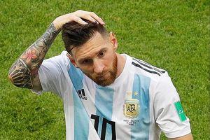 Chuyển động World Cup: Fan cuồng Argentina tìm đến cái chết