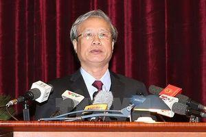 Thường trực Ban Bí thư Trần Quốc Vượng làm việc tại tỉnh Bình Định