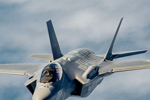 Mỹ tiếp tục đặt hàng F-35 bất chấp nhiều lỗi...