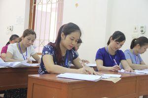 Việc chấm thi và kết quả thi của thí sinh hoàn toàn công bằng, khách quan
