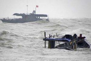 Đang có mưa dông mạnh tại Nam Biển Đông