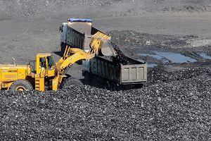 Các đơn vị khai thác than của TKV đạt mục tiêu 6 tháng