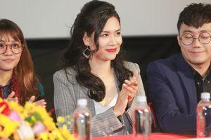 Hà Hương phát biểu về vai cô giáo trong 'Mỹ nhân thần sách'