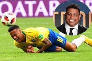Trước đại chiến với Bỉ, Neymar lại tập... 'ăn vạ'