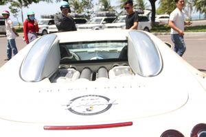 'Ông trùm cà phê' trưng bày siêu xe và tặng sách ở Quy Nhơn