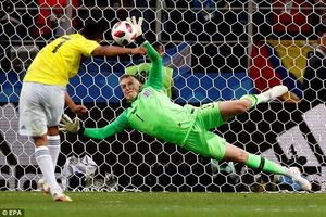 Cầu thủ Colombia bị dọa giết vì sút hỏng penalty!