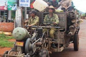 22 người thương vong do xe tải húc máy cày