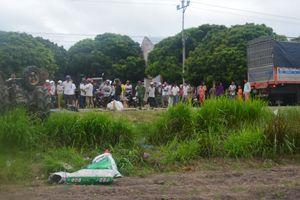 Gia Lai: Xe tải va chạm với máy cày, 22 người thương vong