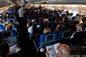 FBI cảnh báo tấn công tình dục trên máy bay