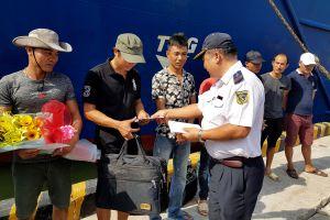 Quảng Nam: 9 thuyền viên trên tàu An Phú 868 bị chìm