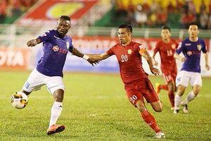 Loạt trận muộn vòng 18 V-League: Quá dễ cho Hà Nội, chờ đợi những bất ngờ