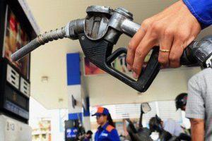 Bộ Công Thương sẽ đề nghị không tăng kịch trần thuế môi trường xăng dầu