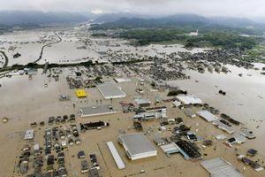 Mưa lũ 'chưa từng thấy' tại Nhật Bản, ít nhất 81 người chết