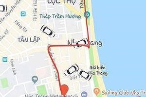 Tài xế taxi ép khách nước ngoài trả phụ thu