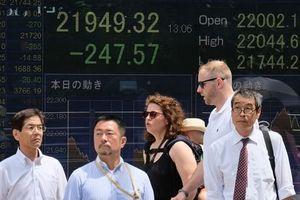 Trung Quốc 'sốc' khi Mỹ đánh thuế thêm 200 tỉ USD hàng TQ nhập khẩu
