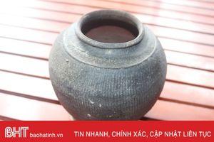 Phát hiện đồ gốm cổ thời Lý - Trần trong vườn nhà dân ở Nghi Xuân
