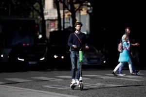 Uber hợp tác Lime mang xe scooter vào ứng dụng Uber