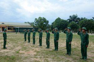 Bài 3: Tổ chức huấn luyện khoa học, cán bộ bám sát thao trường
