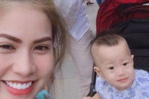 Giữa 'tâm bão' với Quế Vân, Việt Anh im lặng còn vợ nhắn nhủ đầy ẩn ý
