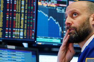 Dow Jones mất hơn 200 điểm khi Mỹ tăng thuế với 200 tỷ USD hàng Trung Quốc