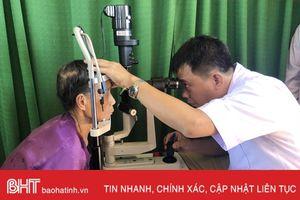 Gần 4.000 người cao tuổi Cẩm Xuyên được khám, cấp thuốc miễn phí