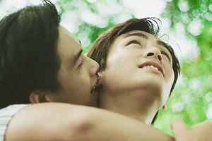 'Đẹp như một bộ phim' - Ai cũng phải thốt lên như thế khi xem xong bộ ảnh tình tứ của hai trai đẹp này