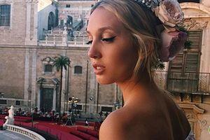 Gu thời trang đẹp mỹ mãn của công chúa Hy Lạp