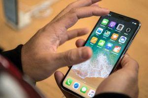 Tòa lại trả hồ sơ vụ 2 luật sư khởi kiện tập đoàn Apple