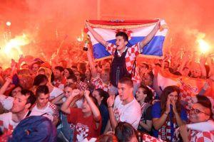 Thắng Anh ở bán kết, Croatia vào chung kết gặp Pháp: Ở Croatia, giờ chỉ có bóng đá